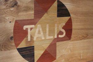 logo ingelegd uit 6 houtsoorten