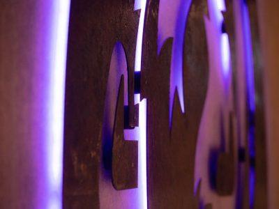 Corten staal logo met led