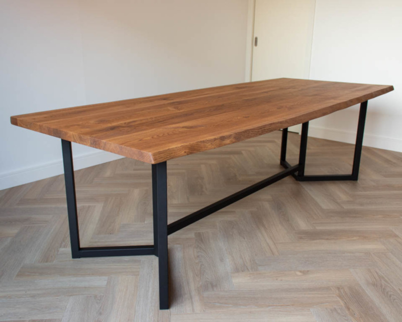 boomstam tafel frame hout staal